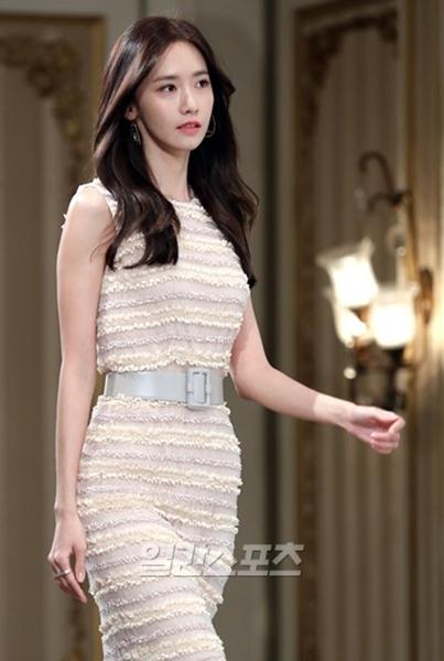 20日午前、ソウル江南区論硯洞のインペリアルパレスホテルで行われたtvNドラマ『THE K2』の制作発表会に登場した少女時代のユナ。