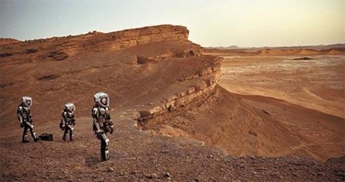韓国で19日からナショナルジオグラフィックチャンネルで初放送されるドキュメンタリードラマ『マーズ 火星移住計画』は、火星探査を空想でなく近未来2033年の現実として描いている。(写真=ナショナルジオグラフィックチャンネル)