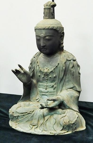 対馬から韓国に持ち込まれた金銅観音菩薩座像