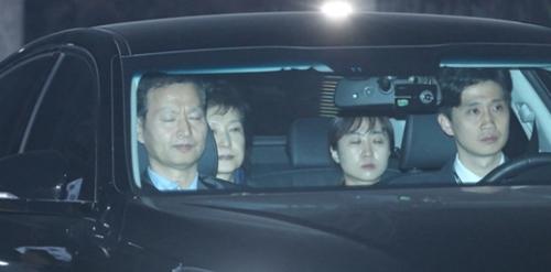 ソウル拘置所へ向かう朴槿恵前大統領。