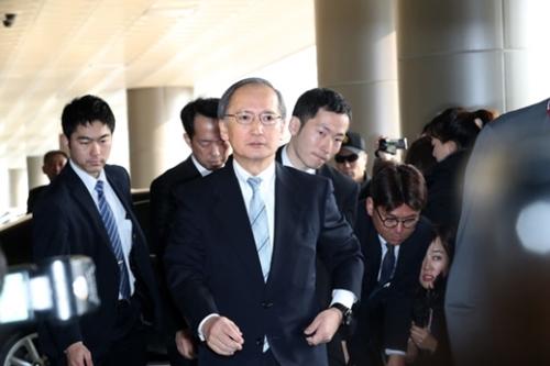 1月9日、長嶺安政駐韓日本大使が日本に帰国するため金浦(キンポ)空港に入っている。長嶺大使は今日(4日)帰任する。