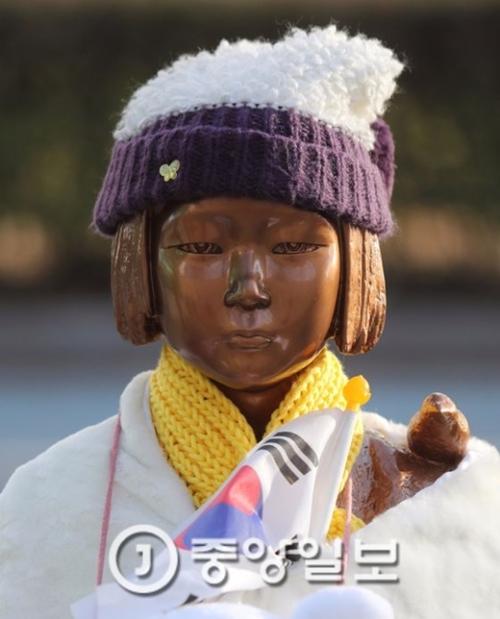 慰安婦平和の少女像(写真=中央フォト)