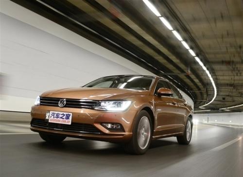 ロースビー氏は中国専用量産車の「ラマンド」をはじめ、フォルクスワーゲンが中国で発売した車両のデザインを総括した。(写真=現代自動車)