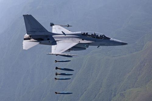 韓国産軽攻撃機FA-50(写真提供=防衛事業庁)
