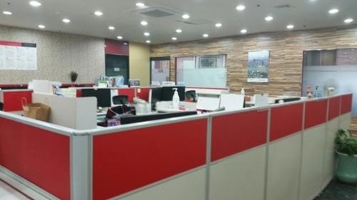 空っぽの旅行会社事務室。3月、中国当局の禁韓令以降、中国専門旅行会社が大きな困難を強いられている。(写真=中央フォト)