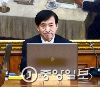 李柱烈韓銀総裁(写真=中央フォト)