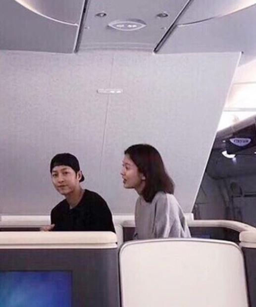 俳優ソン・ジュンギ(左)と女優ソン・ヘギョ(写真=SNS)