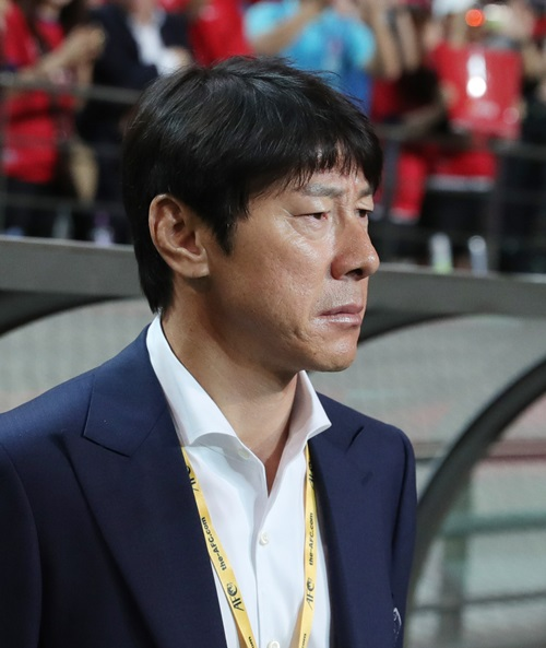 申台龍(シン・テヨン)監督