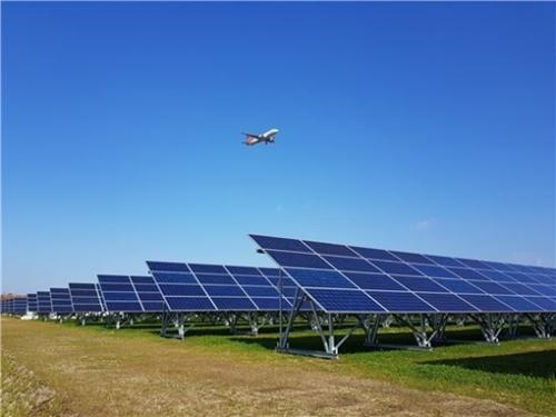 LS産電が韓国電力と共に参加した28メガワット級の千歳太陽光発電所。