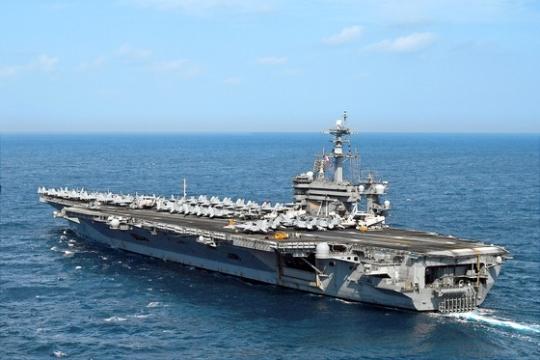 米国の原子力空母3隻が参加する連合訓練が11日から14日まで東海(トンヘ、日本名・日本海)公海上で実施される。訓練に参加する「ルーズベルト」が9日、東海に向かっている。(写真=米海軍)