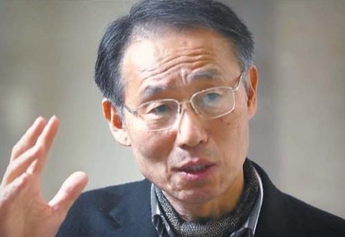 慶南大学極東問題研究所のユン・デギュ所長