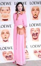 14日午後、ソウル広津区紫陽洞聖水洞のあるスタジオで行われたブランド「ロエベ(LOEWE)」のコレクションパーティーに参加した歌手のソルリ。