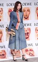 14日午後、ソウル広津区紫陽洞聖水洞のあるスタジオで行われたブランド「ロエベ(LOEWE)」のコレクションパーティーに参加したモデルのハン・ヘジン。