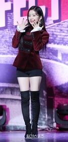 16日午後、ソウル江南区三成洞のSMTOWN@coexartiumで行われた2ndアルバム『Perfect Velvet』ショーケースイベントに登場したガールズグループのRed Velvetのアイリン。