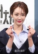 21日午後、ソウル江南区論硯洞のインペリアルパレスソウルで開かれたJTBCドラマ『アンタッチャブル』制作発表会に登場した女優のコ・ジュニ。