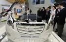 LG化学の電気自動車用バッテリーが搭載された自動車の模型。LG化学は昨年二次電池分野に約8000億ウォン規模の設備投資を進めた。(写真=LG)