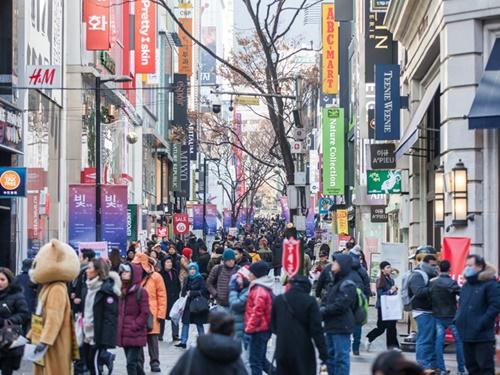 ソウルでは今週末にかけて雪が降る見込みです。防寒対策をしっかりして冬の韓国旅行を楽しみましょう!