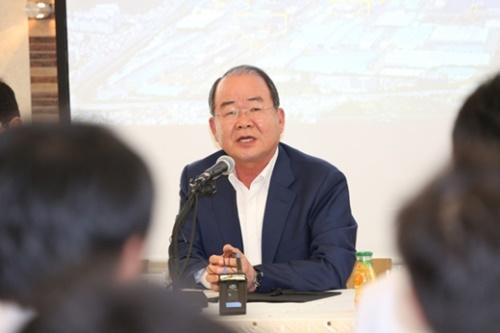 大宇造船海洋の鄭聖立(チョン・ソンリプ)社長
