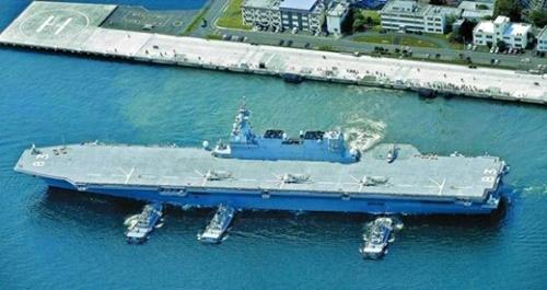 日本の空母級護衛艦「いずも」