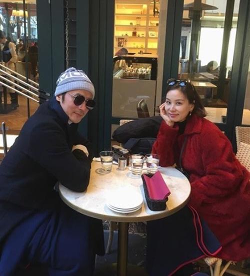 女優コ・ソヨンと俳優チャン・ドンゴン夫婦