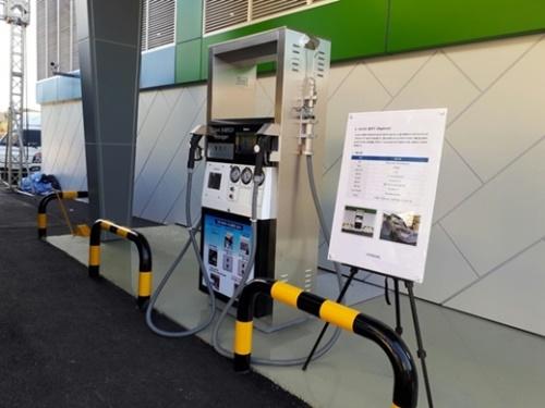 (株)暁星が蔚山玉洞水素複合充電所に設置した水素充電装備。