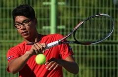 テニス>鄭現、韓国テニスで初の...