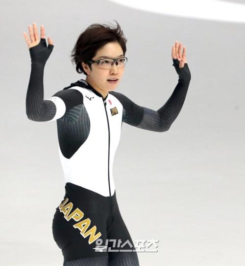 平昌五輪女子スピードスケート500メートルで金メダルを取った小平奈緒