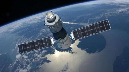 地球軌道を周回している天宮1号のイメージ図(写真=CMSA)