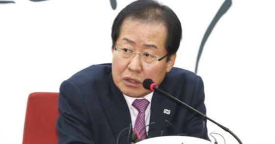 洪準杓(ホン・ジュンピョ)自由韓国党代表