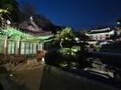 ソウルの5大古宮の中で唯一、ユネスコ世界文化遺産に登録されている「昌徳宮(チャンドックン)」では4月5日(木)から「月灯り紀行」が開催されます(予約制)。格調高い文化イベントで、月夜の趣のある古宮を楽しむことができます。