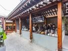 いずれもお洒落なカフェなので、インスタ映えもばっちり。雰囲気のある韓国カフェで話題の「あんバターサンド」を味わってみては?