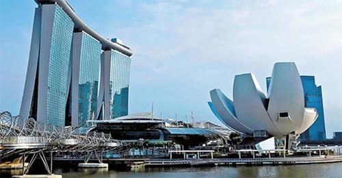トランプ米大統領が米朝首脳会談の開催地をシンガポールと発表した。写真は会談場所の候補地に挙がっているシンガポールのホテル「マリーナベイ・サンズ」。(中央フォト)