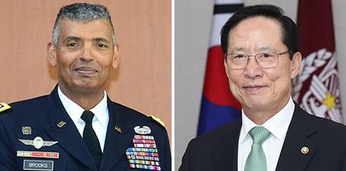 ヴィンセント・ブルックス韓米連合司令官、韓国の宋永武(ソン・ヨンム)国防部長官