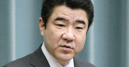 野上浩太郎官房副長官(中央フォト)