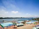 漢江(ハンガン)市民公園の野外プールは明日からプール開きです。本格的な夏を目前に人気のレジャー施設をご紹介しましょう。