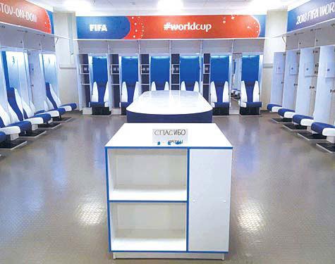ベルギー戦で使用した後、清掃して去っていった日本代表チームのロッカールーム。(プリシラ・ヤンセンズさんのツイッター)