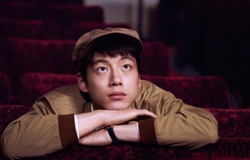 映画『今夜、ロマンス劇場で』で坂口健太郎(27)は映画監督に憧れる健司を演じた。(写真提供=NKピクチャーズ)