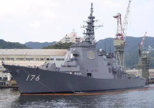 日本のイージス艦「ちょうかい」(中央フォト)