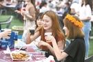 「2017大邱チメクフェスティバル」の訪問客が祭りを楽しんでいる。(写真提供=大邱市)
