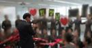 アシアナ航空社員グループチャットルームに上げられた朴三求会長イベント写真。(写真=YTN提供)