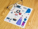 韓国の観光スポットや韓国グルメが描かれたメガネ拭きは、使う度に韓国の思い出に浸れそう。観光案内所としてはもちろん、韓国土産探しにも足を運んでみて!