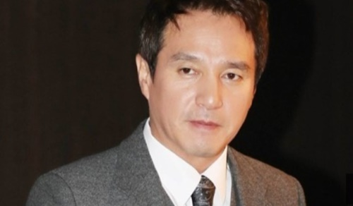 俳優のチョ・ジェヒョンさん
