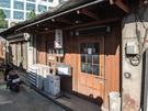 「京城カレー」は、牛肉から取ったエキスと野菜をベースに3日間煮込む、熟成カレーが味わい深いお店。女性ひとりでも気軽に入店できる雰囲気もうれしいポイント。