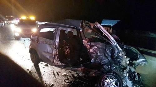 4日午後8時54分ごろ、江原道の中央高速道路洪川江サービスエリア付近で3重追突事故が発生し、3人が死亡、5人が重軽傷を負った。(写真=洪川消防署)