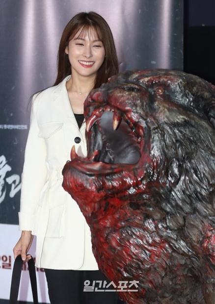 10日午後、ソウル松坡区新川洞のロッテシネマ・ロッテワールドモール店で開かれた映画『物怪』VIP試写会に参加した女優のパク・ギュリ。