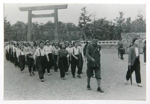 勤労挺身隊の写真資料(パク・ヘオク氏提供)