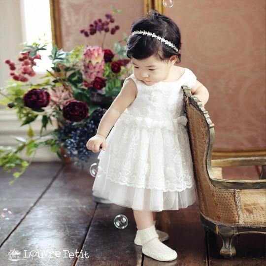 俳優イ・ドンゴンと女優チョ・ユニの娘