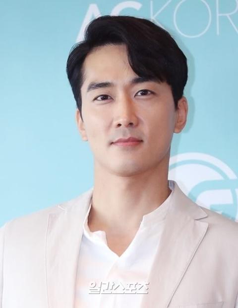 俳優ソン・スンホン