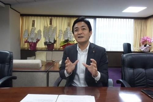 玉木雄一郎・国民民主党代表が先月27日、東京千代田区永田町にある党本部で中央日報とのインタビューに答えている。