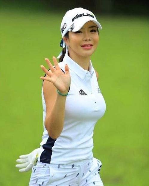 韓国女子プロゴルファーのアン・シネ(写真=本人のインスタグラム)